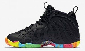 Black-Fruity-Pebble-Foams-3
